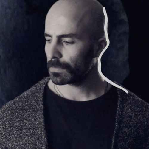 دانلود موزیک ویدیو بی وقفه از میلاد درخشانی